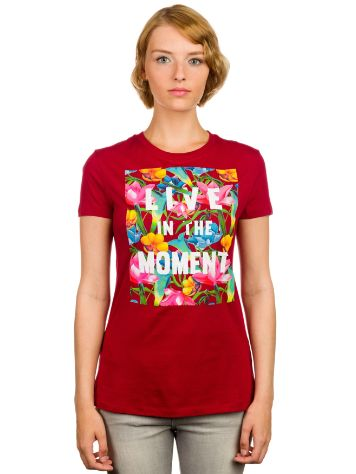 Empyre Girls Live In The Moment T-Shirt