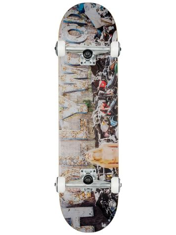 "Globe Jason Lee Parry 8.125"" Complete"