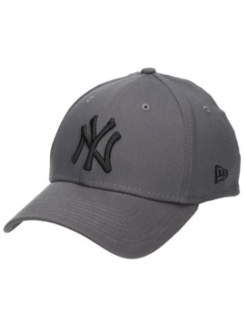 New Era MLB League Essential 3930 Cap