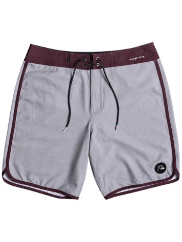 "Quiksilver Highline Scallop 19"" Boardshorts"